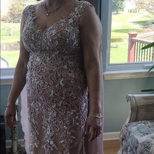 Dresses & Skirts - Stunning floor length blush pink gown.
